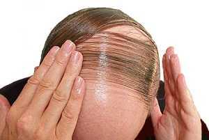 Los medios para los cabellos con el alquitrán